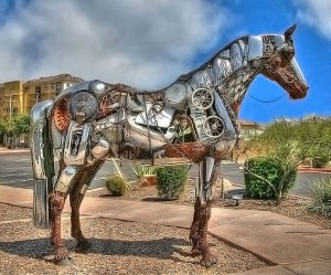 Horse sculpture, fountain hills Arizona. Credit: Dan Shouse, Flickr